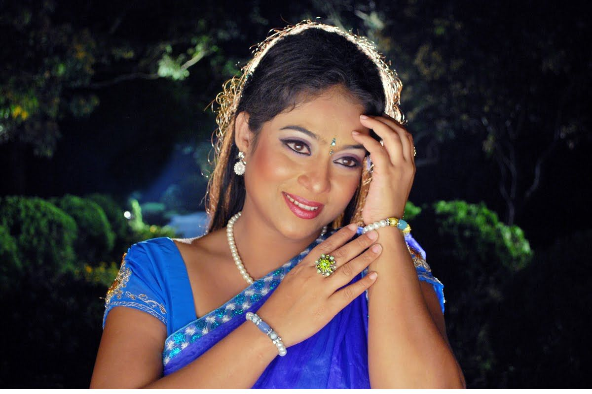 shabnoor_actress-Bangladesh