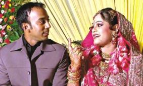 aftab ahmed wife