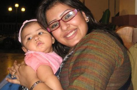 Tinni with baby
