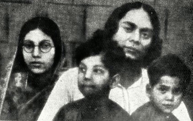 kazi nazrul and his wife