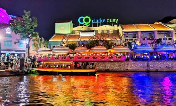 Clarke Quay,place to visit in Singapore.